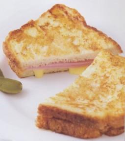 法式煎面包片三明治