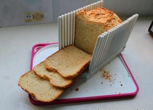 鸡蛋牛奶甜面包