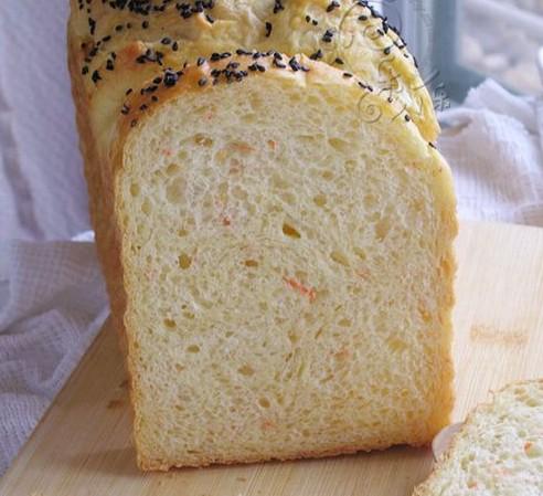 柏翠面包机做胡萝卜玉米吐司