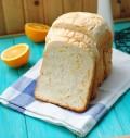 享受香橙吐司、玉米吐司、香蕉果酱三种面包风情